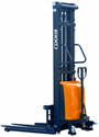 Picture of EA15D   Semi Electric Straddle Stacker   3,300 lb Capacity   B & C Industrial Products