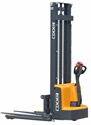 Picture of EB13E   Electric Straddle Stacker   9.91 ft Lift @ 2,800 lb Capacity
